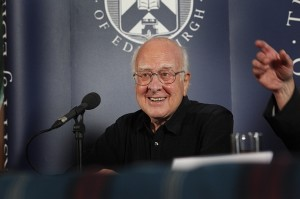 פיטר היגס, ניחש את קיומו של החלקיק החמקמק לפני יותר מ-40 שנה