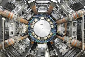 אחד משני הגלאים המסיביים של CERN בהם בוזון היגס השאיר עקבות