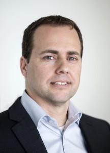"""בועז פאר, מנהל הפיתוח העיסקי של קוואלקום בישראל במסגרת תפקידו ב 3 השנים האחרונות הוא אחראי על שתופי פעולה עם חברות חיצוניות, בעיקר סטרטאפים בתחומי הטכנולוגיה והחדשנות בתחומי המובייל, הרכב החכם וה IOT. בתפקידיו הקודמים בקוואלקום ניהל בועז את קבוצת ה-Program Management   במרכז הפיתוח בישראל בפרוייקטים מגוונים וקודם לכן שימש כמנהל פרוייקטים בחטיבת הטילים ברפא""""ל. לבועז תואר ראשון  בהנדסת מערכות מידע / הנדסת תעשייה ותואר שני במנהל עסקים מהטכניון."""