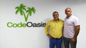 """מימין לשמאל, רונן פישר ואמיר גולן, מנכ""""לים משותפים, CodeOasis"""