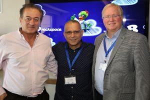 """(מימין לשמאל): גרהאם ווסטון, יו""""ר ומייסד Rackspace העולמית, מוטי אלמליח, מנכ""""ל בזק בינלאומי ואלכס פינצ'ב, סמנכ""""ל בכיר ונשיא מכירות ושיווק גלובאלי של Rackspace"""