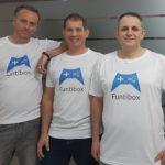 מימין:  זאב טאטיקה, איל רובין, אבי ברידס (הגבוה בהם)